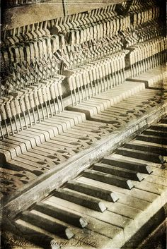 I know there is still music in this piano.