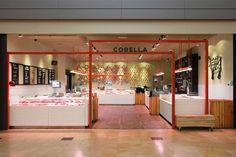 Corella fachada Carnicerias Ideas, Protein Shop, Chicken Shop, Meat Shop, Butcher Shop, Retail Space, Retail Shop, Retail Design, Store Design