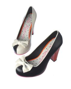 Lola Ramona Pumps 2012