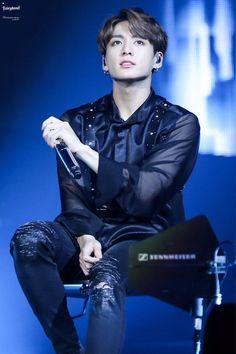 [BTS x World tour 2018 'Love Yourself'] Jungkook Foto Jungkook, Foto Bts, Jungkook Jeon, Jungkook Cute, Bts Bangtan Boy, Bts Boys, Namjoon, Jungkook 2018, Jungkook Smile