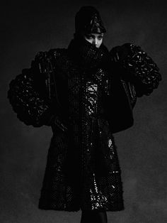 Lindsey Wixson by Karl Lagerfeld for Chanel F/W 2015 Chanel 2015, Anna Ewers, Lindsey Wixson, Karl Lagerfeld, Darth Vader, Fictional Characters, Fantasy Characters