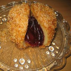 Plum dumplings are served as an desert,after the main meal,rarely alone,as they are sweet and exceptionally delicious part of Serbian menu. Czech Recipes, Croatian Recipes, Hungarian Recipes, Hungarian Cuisine, European Cuisine, European Dishes, Plum Dumplings, European Breakfast, Recipes