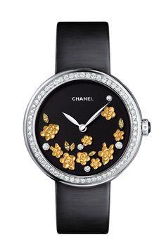 Reloj MADEMOISELLE PRIVÉ ESFERA CAMELIAS DORADAS de Chanel