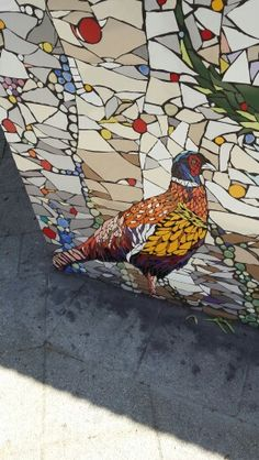 detail - mosaic garden wall in the Netherlands - Rotterdam Mosaic Animals, Mosaic Birds, Mosaic Wall Art, Stone Mosaic, Mosaic Glass, Stained Glass, Glass Art, Making Glass, Mosaic Madness
