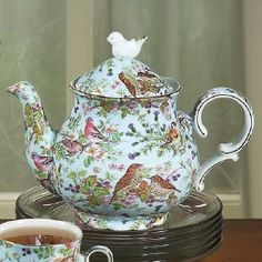 Mom's Turf: I Luv Teapots♥ Bird Chintz on Blue Teapot Roses and Teacups