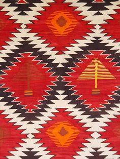 Navajo Transitional Pine Tree Pictorial    circa 1900 - 1910