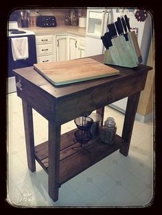 DIY::  Rustic Reclaimed Lumber Kitchen Island Cart, love the idea of having added counter space but able to put in the dining room when needed