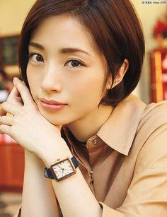 Aya Ueto Asian Ladies, Asian Girl, Japanese Lifestyle, Girl Short Hair, Face Claims, Tomboy, Asian Beauty, Pretty Girls, Short Hair Styles