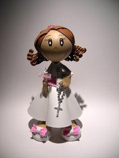 Bonecos 3D em EVA -  Fofucha Menina de Comunhão-102498630180302518149 - Álbuns Web Picasa