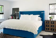 Dorothy Draper Chests As Bedside Tables Patrick Mele Interior Design Blue Black And White Bedroom