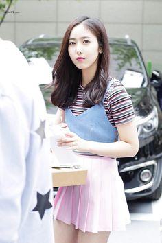 sinb-ssi - 0 results for SinB Gfriend Profile, Sinb Gfriend, Korean Entertainment, G Friend, First Girl, Kpop Girls, Asian Beauty, Pretty Girls, Girl Group