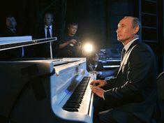 President Of Russia, Mr President, Vladimir Putin, Russia Putin, Open Window, Great Leaders, World Leaders, Presidential Election, Poutine