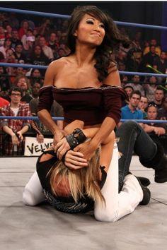 TNA Knockouts dating online dating beschrijft jezelf voorbeelden
