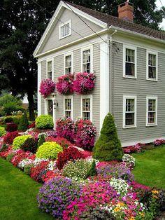 Colorful garden!  Chrissie D'Esopo's Avon garden - Photo bygarden designer and photographer Steve Silk  .Via CT Digs