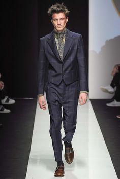 Vivienne Westwood - Fall 2015 Menswear - Look 32 of 39