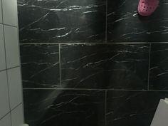Dusche Fliesen Schwarz Weiß - Schwarz marmorierte fliesen
