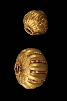 : Melon bead Material(s): Gold Date of Object: 330 BC Origin: Colchian India Jewelry, Ethnic Jewelry, Gold Jewelry, Beaded Jewelry, Jewelery, Metal Beads, Gold Beads, Antique Gold, Antique Jewelry
