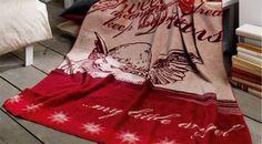 Liebliche Engelskuscheldecke in knalligem Rot. | Betten.de http://www.betten.de/kuscheldecke-engelsmotiv-rot-beige-angel.html
