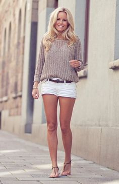 White jean #shorts + Beige sweater #Outfit