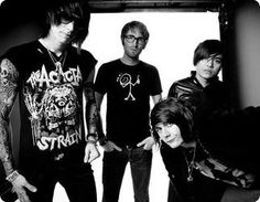 Who remembers Metro Station?(: miss these guys!(: ^ GURL WTF you talking bout they still have music Trace Cyrus, Brenda Song, Metro Station, Cool Bands, Guys, Shake Shake, Music, Concerts, Fictional Characters