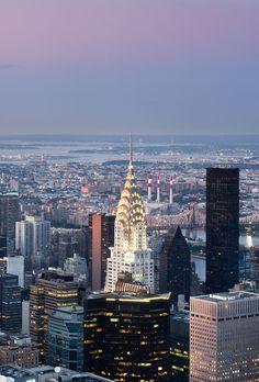 New York City Feelings - Manhattan Panorama by @parallaxwallpapers