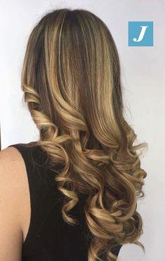 Shiny Hair _ Degradé Joelle #cdj #degradejoelle #tagliopuntearia #degradé #igers #musthave #hair #hairstyle #haircolour #longhair #ootd #hairfashion #madeinitaly #wellastudionyc