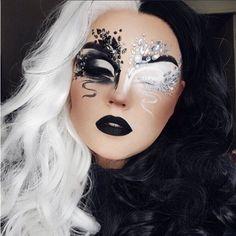 Cool Makeup Looks, Crazy Makeup, Cute Makeup, Black Makeup Looks, Eye Makeup Designs, Eye Makeup Art, Rave Eye Makeup, Medusa Makeup, Face Paint Makeup