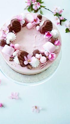 Geisha Chocolate Raspberry Cheesecake – The Most Delicious Cake of the Summer – Ko … – Pastry World Food Cakes, Cupcake Cakes, Dessert Original, Chocolate Raspberry Cheesecake, Cake Recipes, Dessert Recipes, Köstliche Desserts, Piece Of Cakes, Savoury Cake
