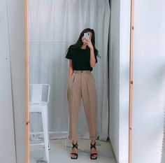 Casual Fall Outfits That Will Make You Look Cool – Fashion, Home decorating Hipster Fashion Style, Work Fashion, Korean Fashion, Feminine Fashion, Hipster Chic, Fashion Fashion, Fashion Quotes, Fashion Ideas, Fashion Quiz