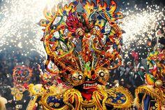 Lo real y lo etéreo se hacen uno en forma de máscaras extravagantes…. | 13 Imágenes Que Demuestran Que El Carnaval De Oruro Es Único