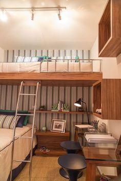 Veja as melhores ideias para projetar uma beliche com escrivaninha e assim conseguir economizar espaço de forma funcional.