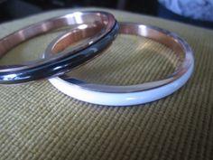 lindas pulseras de acero quirúrgico con ceramica