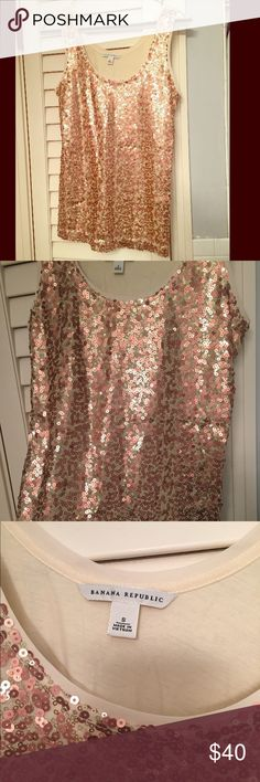 Banana Republic Gold Sequins Tank | size Small Super fun Banana Republic sequins-front gold/rose gold tank, perfect for spring!  This top has an eggshell colored cotton back and a beautifully flattering U-shape neckline. Washable and gorgeous!  Worn only once for a company holiday party (looks GREAT with a blazer!), this piece is in perfect condition! Banana Republic Tops Tank Tops