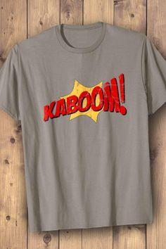 DC Comics Wonder Woman Fliegt Frauen T-Shirt mit gerollten Ärmeln von