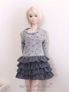 ♥ Può fare per Momoko Blythe Nippon Misaki. Mi dica, quale formato si desidera.    Grazie!    puntini grigi leggeri strato abito  Questo è i propri