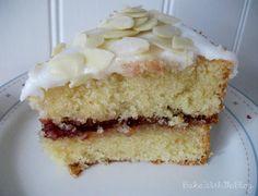 Best Cake Recipes, Tart Recipes, Baking Recipes, Yummy Recipes, Favorite Recipes, Cherry Bakewell Cake, Bakewell Tart, Jaffa Cake, Plain Cake
