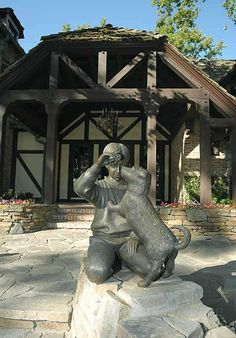 Neverland: Partie La maison - On Michael Jackson's footsteps Michael Jackson Neverland, Michael Jackson Born, Michael Love, Neverland Ranch, Jackson Family, Mike Jackson, You Are My Life, Valley Ranch, King Of Music