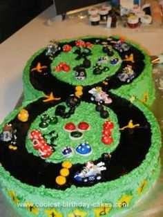 cute Mario Kart 8th birthday cake...