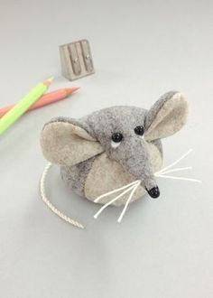 Bilberry Woods character Marie the Mouse as a lovely felt paperweight handmade by Laura Mirjami Fabric Animals, Felt Animals, Fabric Birds, Sewing Toys, Sewing Crafts, Mickey Mouse Crafts, Hamster, Felt Mouse, Handmade Felt