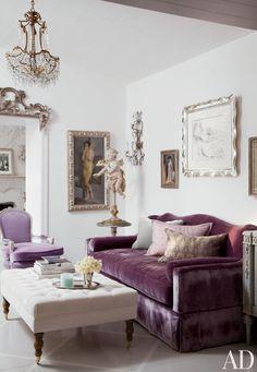 This luxurious purple sofa will definitely look good on your living room. www.bocadolobo.com #bocadolobo #luxuryfurniture #exclusivedesign #interiodesign #designideas #sofaideas #pink