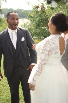 First Look! What a happy Groom! #jennyandchedwedding #kietlephotography