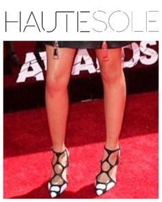 TORI KELLY FOOTWERK ✨✨✨✨✨✨✨✨✨✨✨✨✨✨✨ #HAUTESOLEMAGAZINE #HAUTESOLE #Fashion #Footwear #Shoes #style #stylish #sneakers #design #Stylist #instagood #designer #Fashiondesigner #FashionStylist #WardrobeStylist #CelebrityWardrobeStylist #Fashionista #StreetStyle #FashionWeek #PFW #NYFW #luxury #fashionista #fashionblogger #magazine #DREAMFEARLESSLY #SS15 #FA15