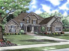 Numerous Amenities in an Expansive Home - 59378ND | Craftsman, Traditional, 1st Floor Master Suite, Bonus Room, CAD Available, Den-Office-Library-Study, PDF | Architectural Designs