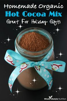 Homemade Organic Hot Cocoa Mix Recipe~ Perfect Gift For The Holidays}! 1 cup organic cane sugar, rapadura, coconut sugar or granulated honey. cup organic cocoa powder 6 oz per cup milk of choice. Jar Gifts, Food Gifts, Hot Cocoa Mixes, Smoothie Drinks, Smoothies, Healthy Treats, Healthy Food, Healthy Recipes, Organic Recipes