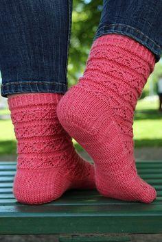 Ravelry: Vanadis pattern by Heidi Alander Knitting Patterns Free, Knit Patterns, Free Knitting, Free Pattern, Knitting Socks, Knit Socks, Yarn Inspiration, My Socks, Boot Cuffs