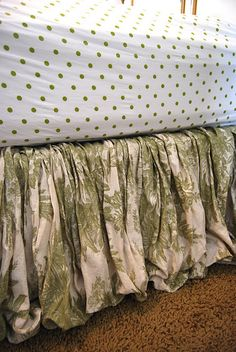 Using fabric to make your own bedskirt