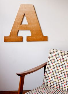 make this: ombre typographic wall art diy