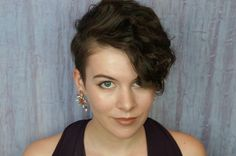 4 Short Hairstyles For Prom that Prove Pixie Cuts Can Be Extremely Glam. Also good for weddings and other events!