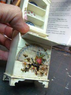 Miniature Dollhouse Desk Tutorial: