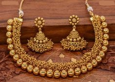 Spectacular Cute jewelry diy,Jewelry unique design and Beautiful jewelry my style. Gold Earrings Designs, Gold Jewellery Design, Necklace Designs, Jewelry Designer, India Jewelry, Fine Jewelry, Gold Jewelry, Temple Jewellery, Antique Jewelry